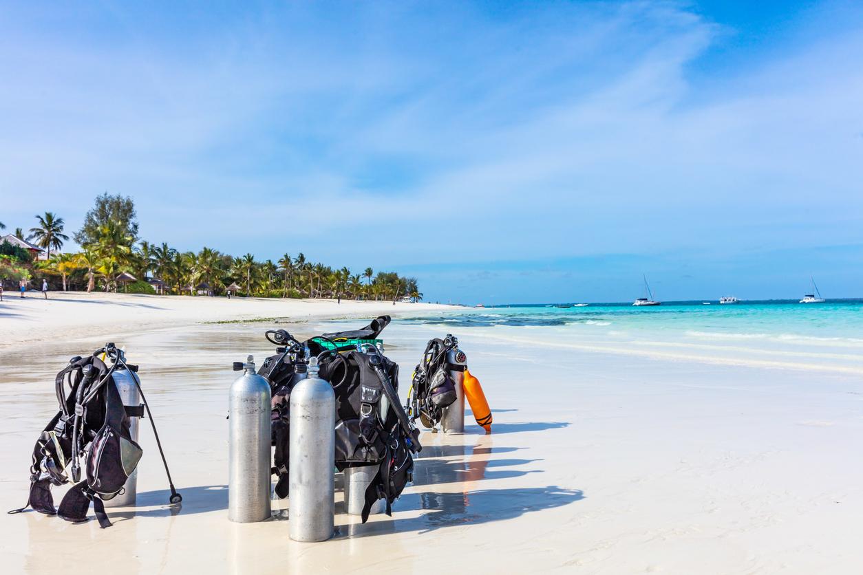 ダイビングアイテムと浜辺