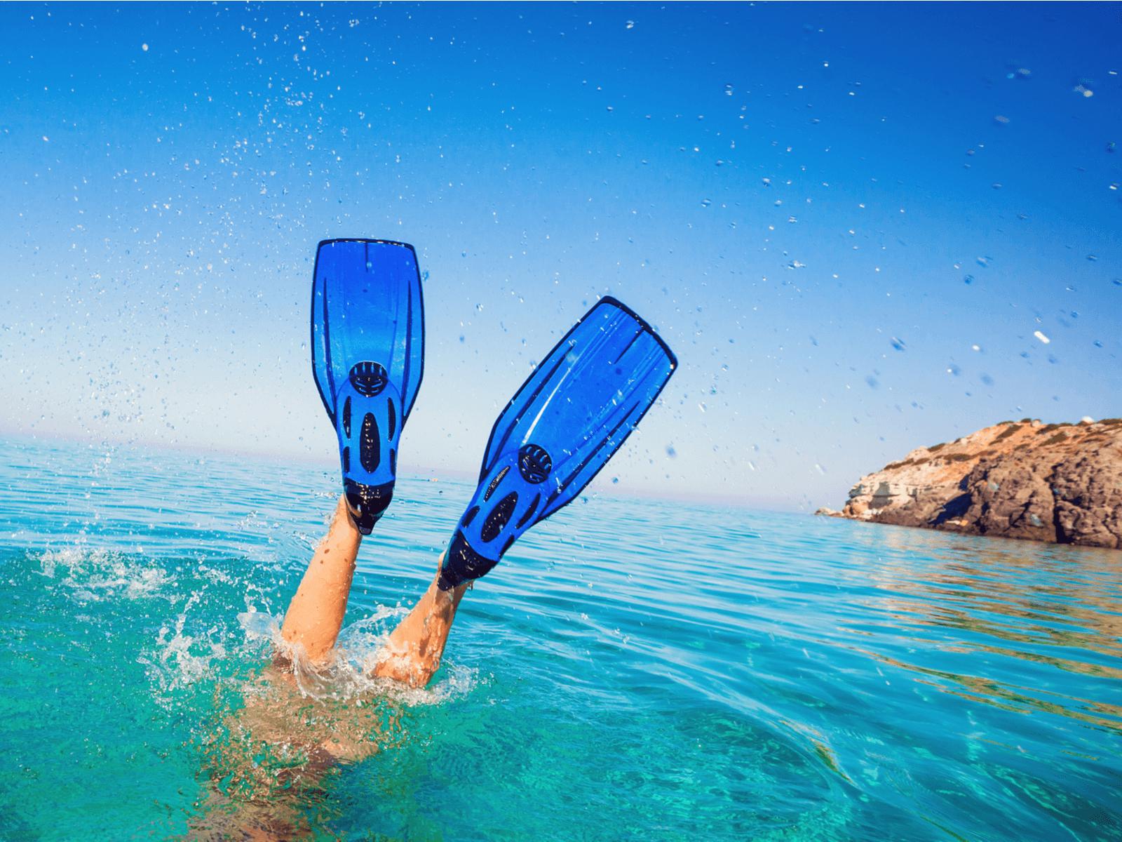 ダイビングフィンのおすすめ10選!選び方やお手入れ方法まで紹介